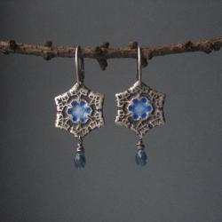 fiann,śniezynki,kolczyki,emalia jubilerska - Kolczyki - Biżuteria