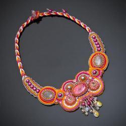 kolorowy,haft koralikowy,naszyjnik,amarant - Naszyjniki - Biżuteria