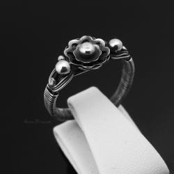 srebrny pierścionek,pierścionek zaręczynowy,kwiaty - Pierścionki - Biżuteria