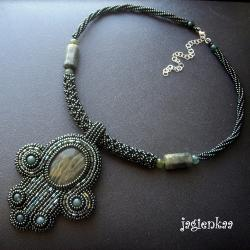 haft koralikowy,elegancki,unikalny,etniczny - Naszyjniki - Biżuteria