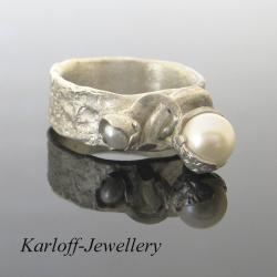 perłowy,delikatny,unikatowy,kobiecy,elegancki - Pierścionki - Biżuteria