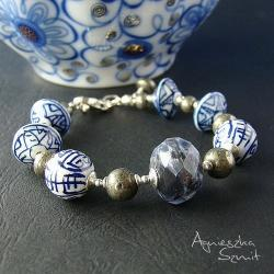 bogata bransoleta,porcelanowe korale,piryt,sodalit - Bransoletki - Biżuteria