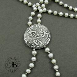 naszyjnik,medalion.srebro,perły - Naszyjniki - Biżuteria