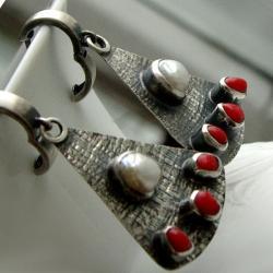 unikat,kolczyki,srebro,oksydowane,perły,koral - Kolczyki - Biżuteria