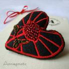 Broszki haft,filc,serce,broszka,Walentynki,prezent,koralik