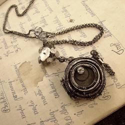 srebro,wire-wrapping,medalion,sekretnik,retro - Naszyjniki - Biżuteria