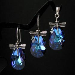 błyszcząca biżuteria,komplet kolczyki i wisior - Komplety - Biżuteria